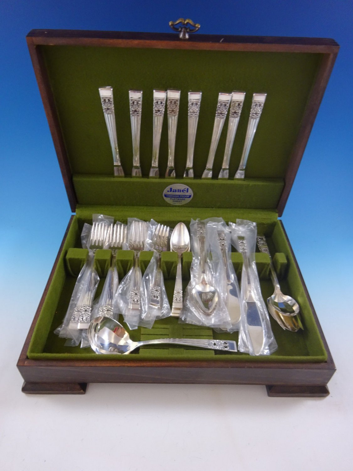 Coronation by Community Silverplate Vintage Flatware Set For 8 Service 60 Pcs