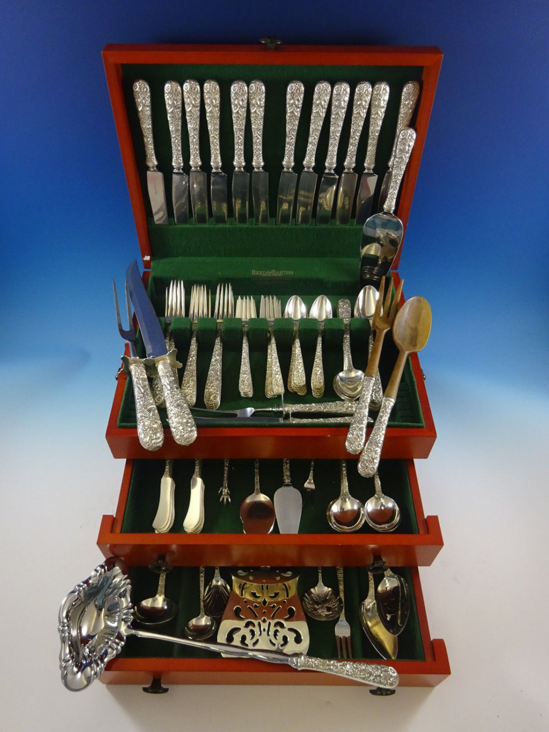 Repousse by Kirk Sterling Silver Flatware Set For 12 Service 92 Pcs Dinner Size