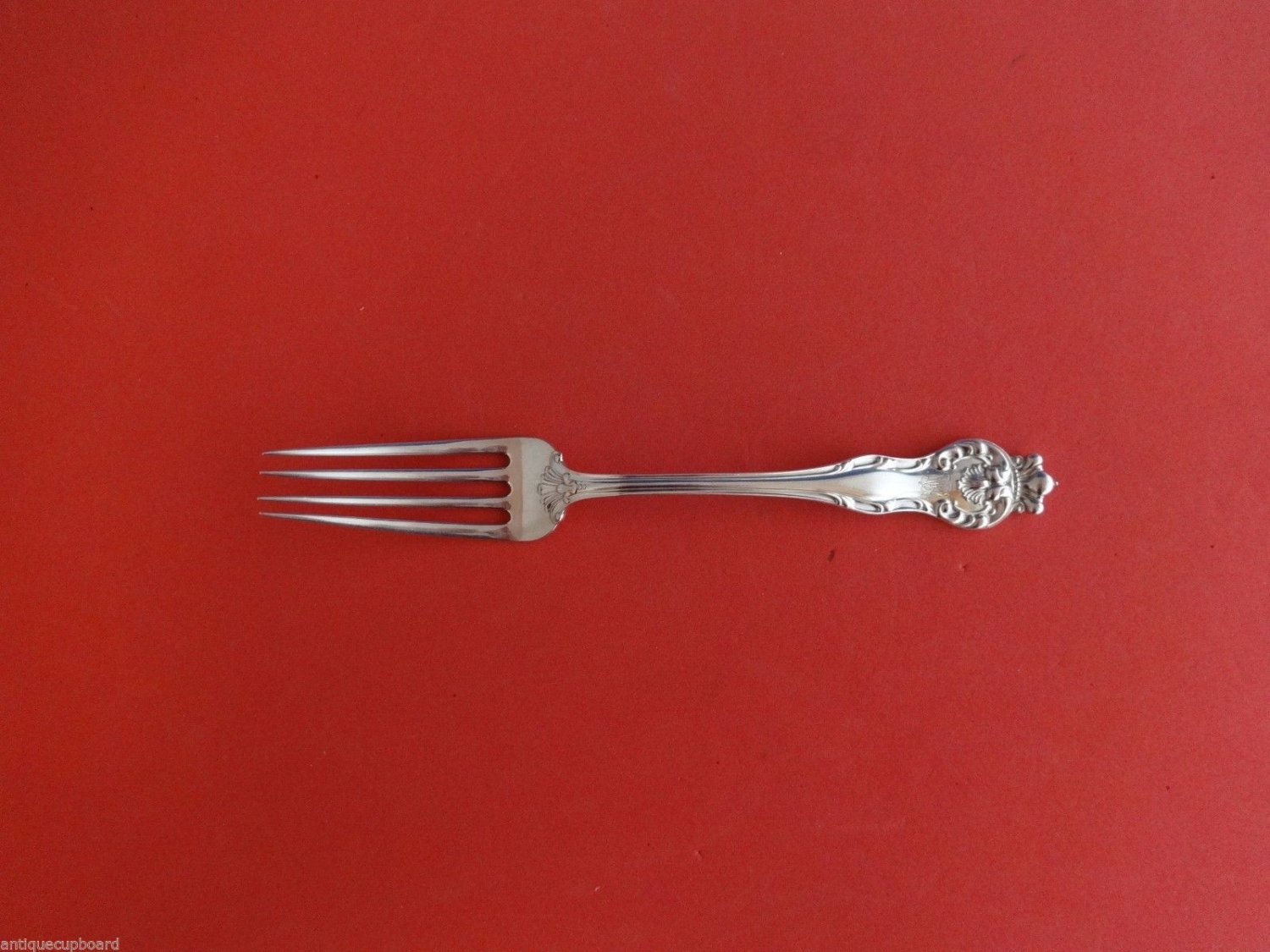 Queen by Mount Vernon / Howard Sterling Silver Dinner Fork 7 3/4""