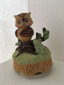 Vintage Owl and Frog Rotating Figurine Music Box It's a Small World 6""