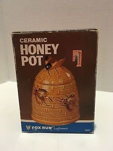 New in Box VTG Ceramic Honey Pot with Bee Design 10 Oz. Fox Run Craftsmen 1986