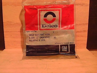 ACDelco 8638941 General Motors GM OE NOS Transmission Ring/Seal Package