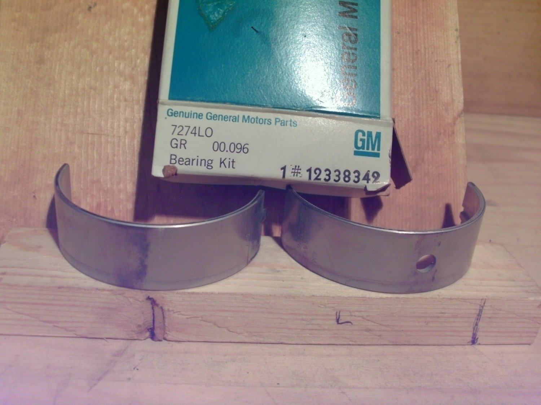 General Motors 12338342 Original Equipment OE NOS Bearing Set