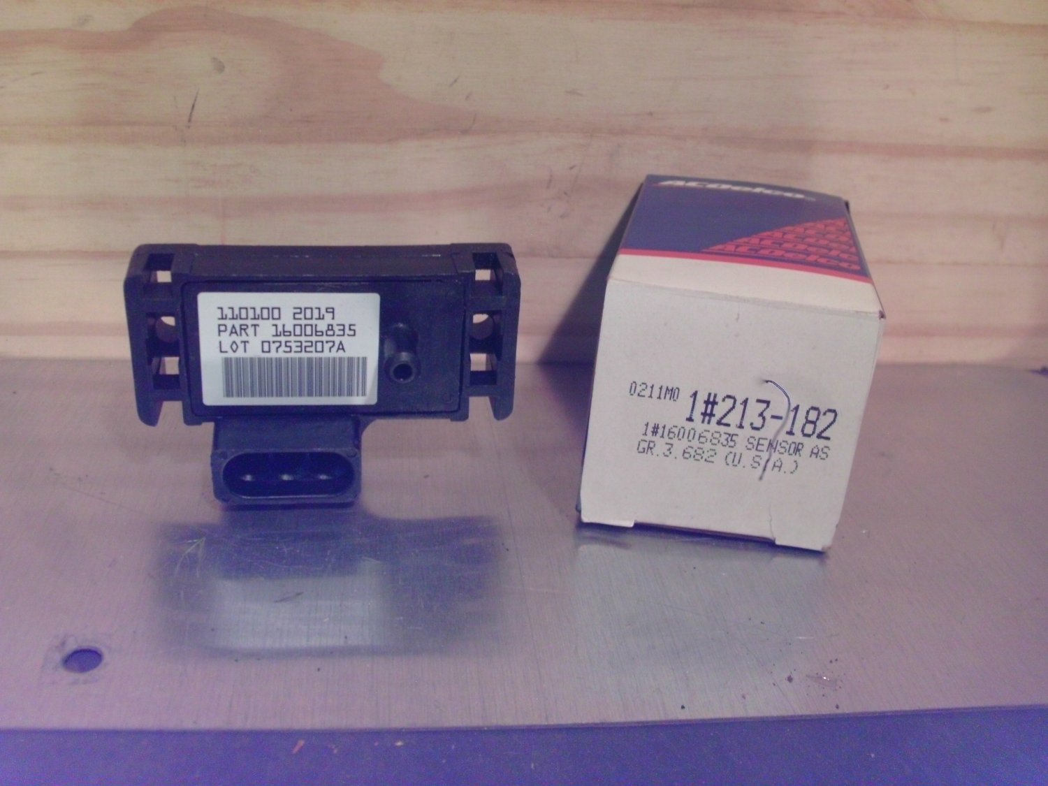 ACDelco 213-182 Original Equipment OE NOS MAP Sensor General Motors GM 16006835