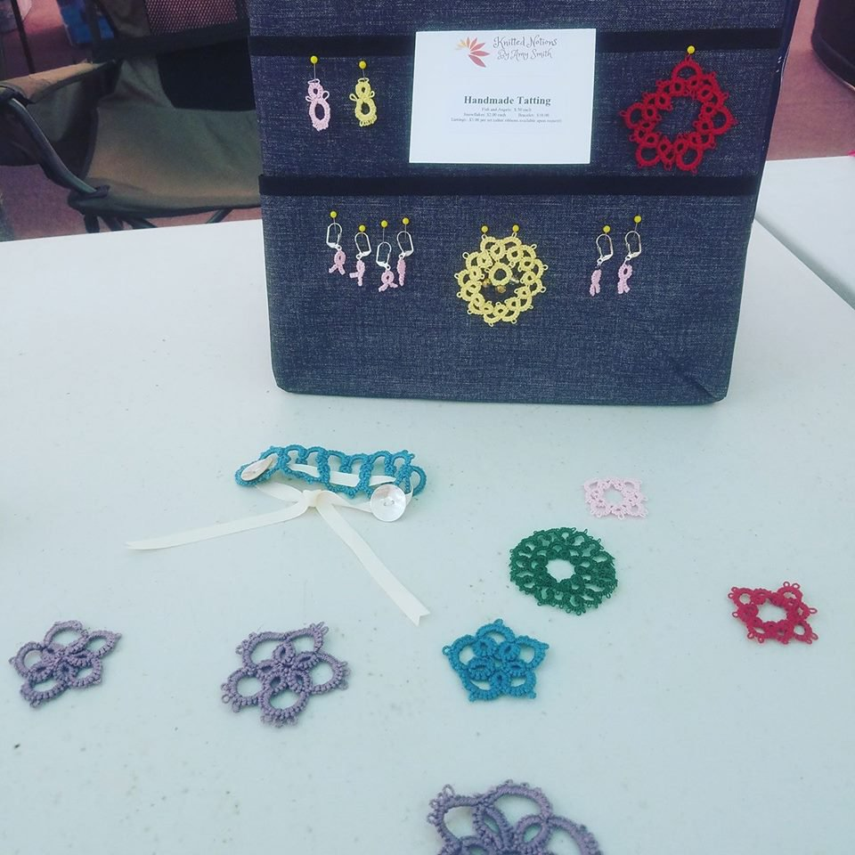 Tatted earrings, bracelet, and snowflakes