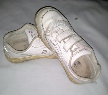New Balance 811 Women Sneakers