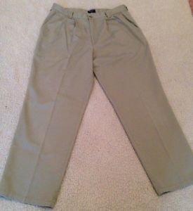 DOCKERS Men's Size 36W x 32L Khaki Beige Pleat Slacks Dress Pants Free Shipping