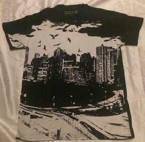 TONY HAWK Men's Graphic Short Sleeve T-shirt Sz Medium Free Shipping
