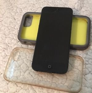 Apple iPhone 5 - 16GB - Black & Slate (AT&T) Smartphone Bundle w/ 2 Cases