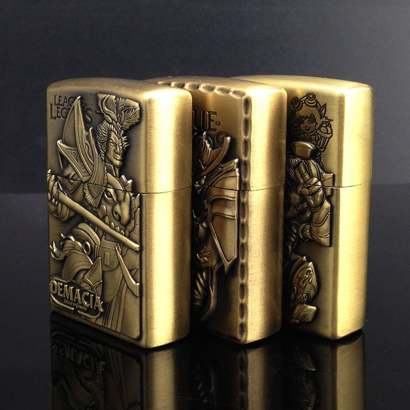 Metal Kerosene Lighter Hero Alliance Bronze Figure Relief Creative Cafe More Optional BC2298
