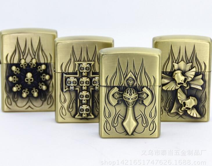 Fashion skull series kerosene lighters Pocket cigarette lighter BC3818