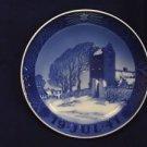 "1941 ROYAL COPENHAGEN RC CHRISTMAS PLATE  "" Danish Church """