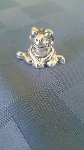 "Adorable 1 1/4"" Wide Sterling Silver 925 Frog Figurine  (#285)"