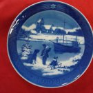 "1998 ROYAL COPENHAGEN RC CHRISTMAS PLATE  "" WELCOME HOME """