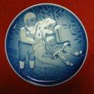 "1986 Bing & Grondahl B&G Children's Day Plate ""Joyful Flight"""