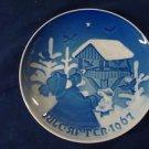 1967 CHRISTMAS PLATE BING & GRONDAHL B&G SHARING THE JOY OF CHRISTMAS