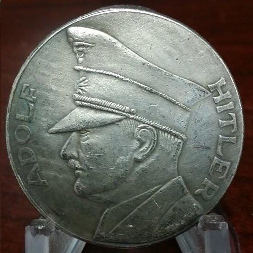 WWII WW2 Nazi German Reichfuhrer ADOLF HITLER Coin 1934-1945 Swastika