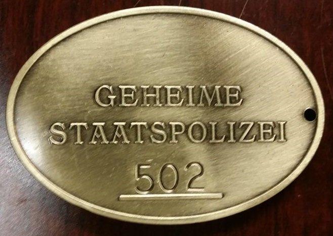 WWII Nazi German Geheime Staatspolizei Gestapo Warrant disc secret police badge