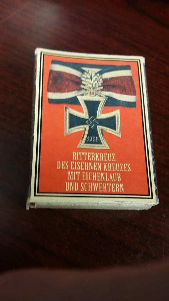 WWII Nazi German Knights cross w oak leaves  medal 1939 Vintage matchbox