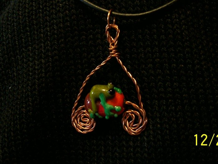 Lampwork and Copper  Wirework Glass Frog on a Log Green and Brown
