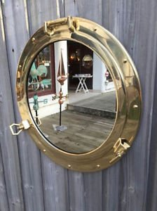 15-INCH HEAVY BRASS SHIP'S PORTHOLE WINDOW MIRROR. GREAT NAUTICAL DECORATIVE!