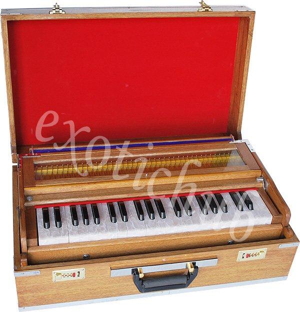 PORTABLE HARMONIUM~PETI~BAJA~9 STOP~4 DRONE~3½ OCTAVE~BASS/MALE~440Hz~P�IANO EHS