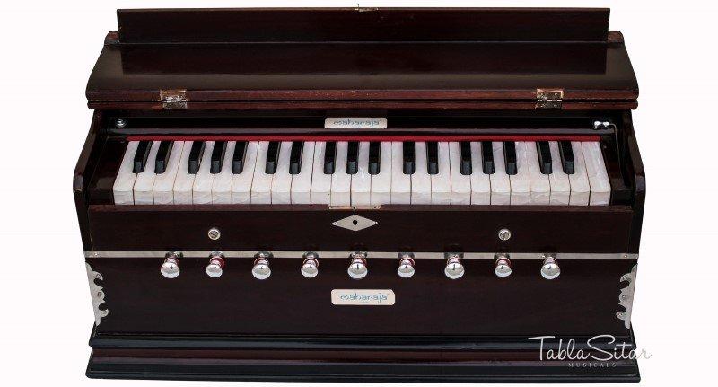 HARMONIUM/HARMONIUM No.5400m/MAHARAJA/A440/9 STOP/42KEY/COUPLER PIANO/BOOK/DC-2