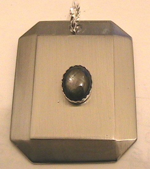 Pendant Platinum plated stainless Genuine sapphire Tag