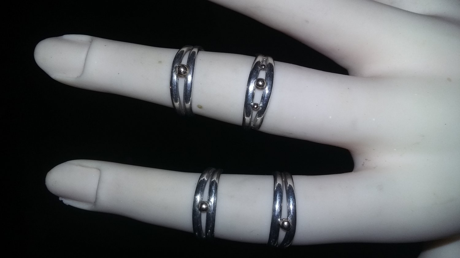 Sterling silver mid finger rings size 2 to 6