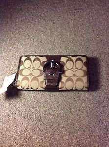 Coach Soho Signature Zip Around Wallet, F45575' NWT