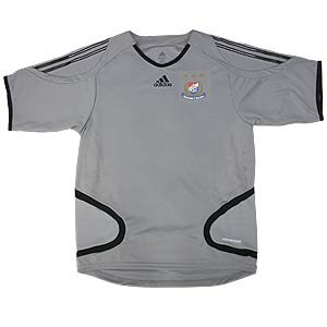 06 Staff Training Short Sleeved Top