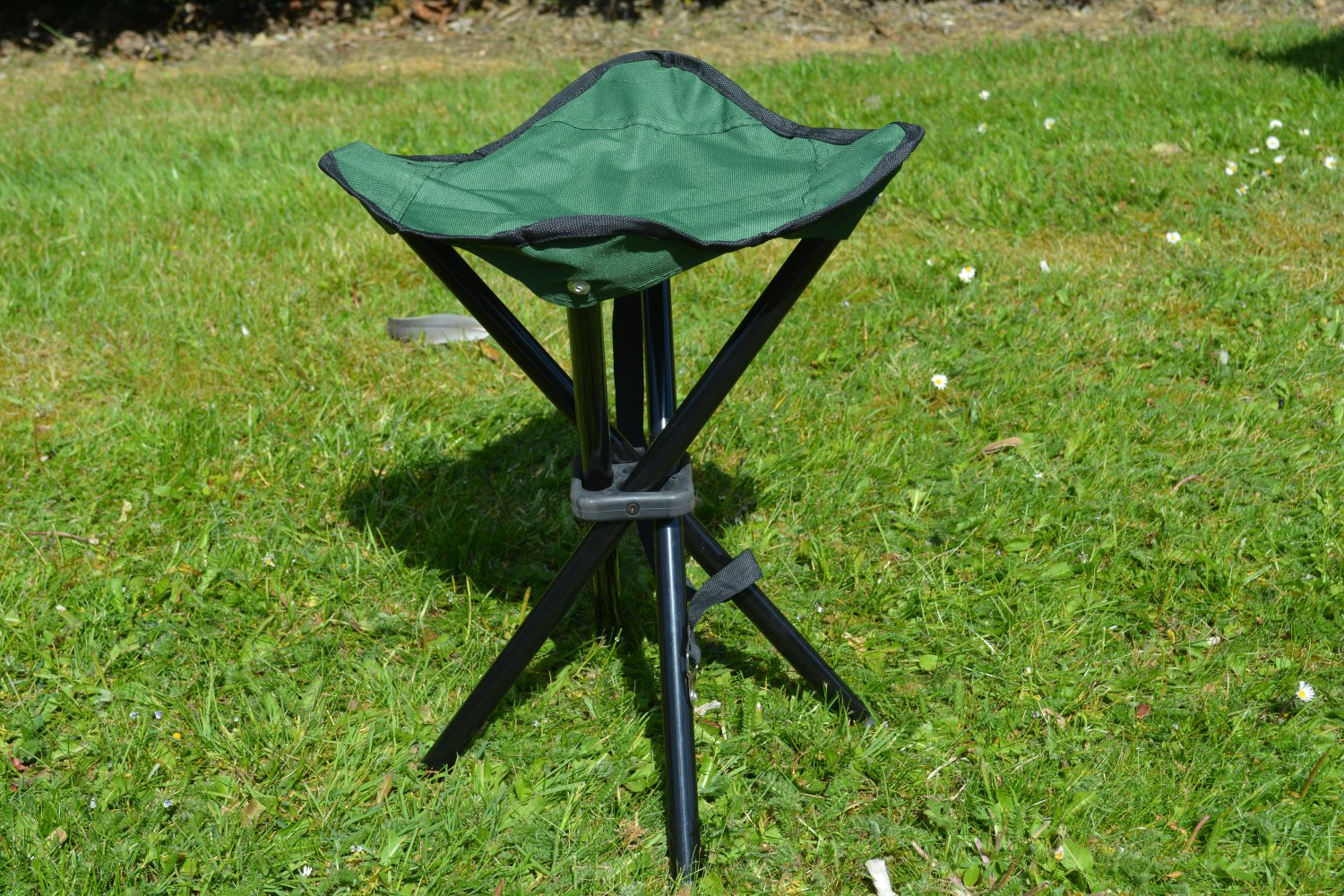 Camping stool with 4 legs, great for camping, BBQs and Festivals