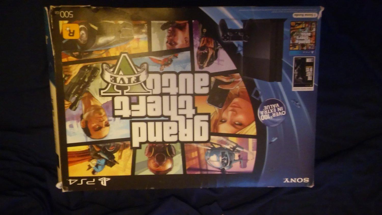 Playstation 4 GTA V Bundle
