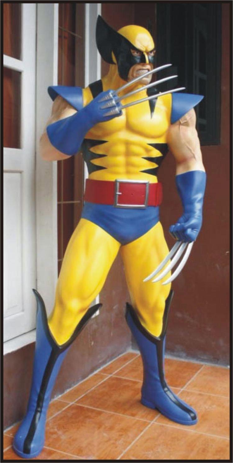 Custom Made Life Size wolverine #2 Superhero Statue Prop