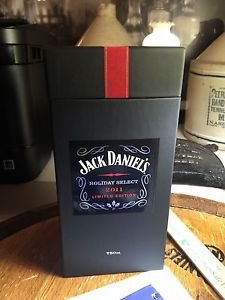 Jack Daniels Limited Edition Discontinued 2011 Holiday Select Gift Box