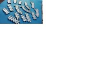Lot of 15 Thomas Train Tracks/Plastic/Grey/8 Straight/5 Curved/2 Y Pieces/2006