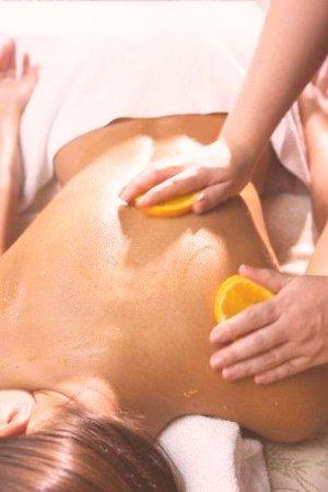 Mango & Mandarin Salt Glow - Add On Only (30 Minutes)