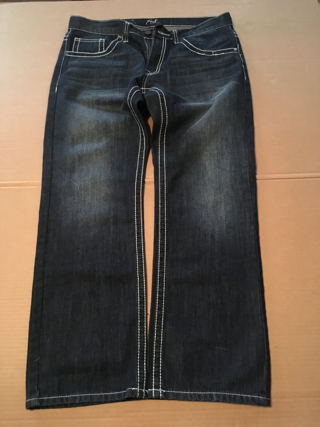 Earl Jean Blue Jeans White Outline Men's Size 34 / 32