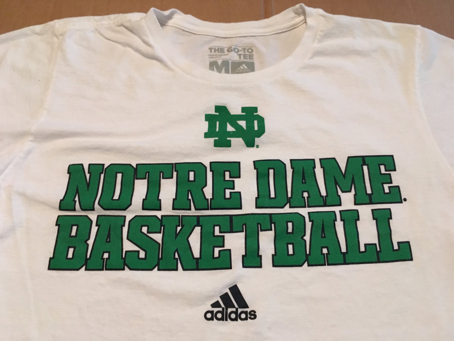 Adidas Notre Dame Basketball Graphic Tee White Green Font Men's Size Medium