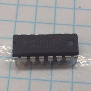 (5) MOTOROLA MC14060BCP 14-BIT BINARY RIPPLE COUNTER OSCILLATOR 16 PIN DIP