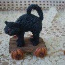 BOYDS BLACK CAT HALLOWEEN PULL TOY TUG ALONG PUMPKIN WHEELS *NEW STORE STOCK*