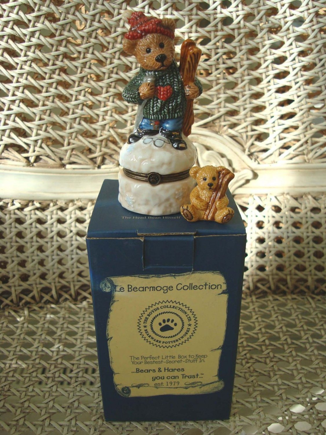 BOYDS KNUT DOWNHILL RACER SKIING LE BEARMOGE BOX RETIRED **NEW STORE STOCK**
