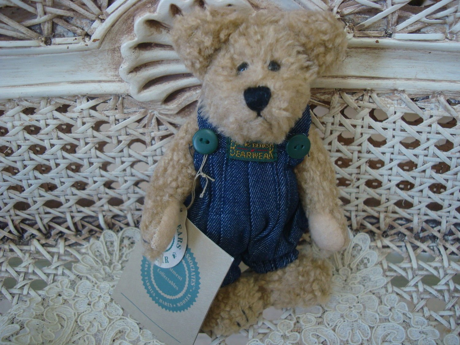 "BOYDS HUCK 6"" TALL RETIRED BEAR IN JEAN OVERALLS **NEW STORE STOCK**"