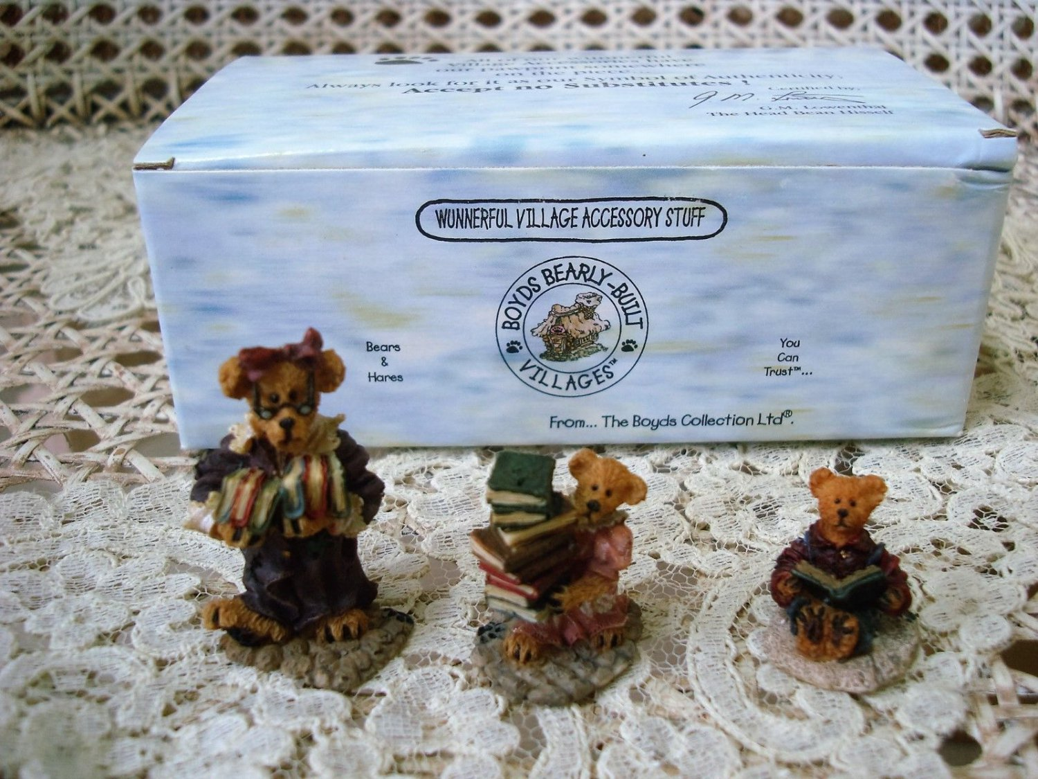 BOYDS PUBLIC LIBEARY VILLAGE FIGURINES *NEW STORE STOCK** RETIRED