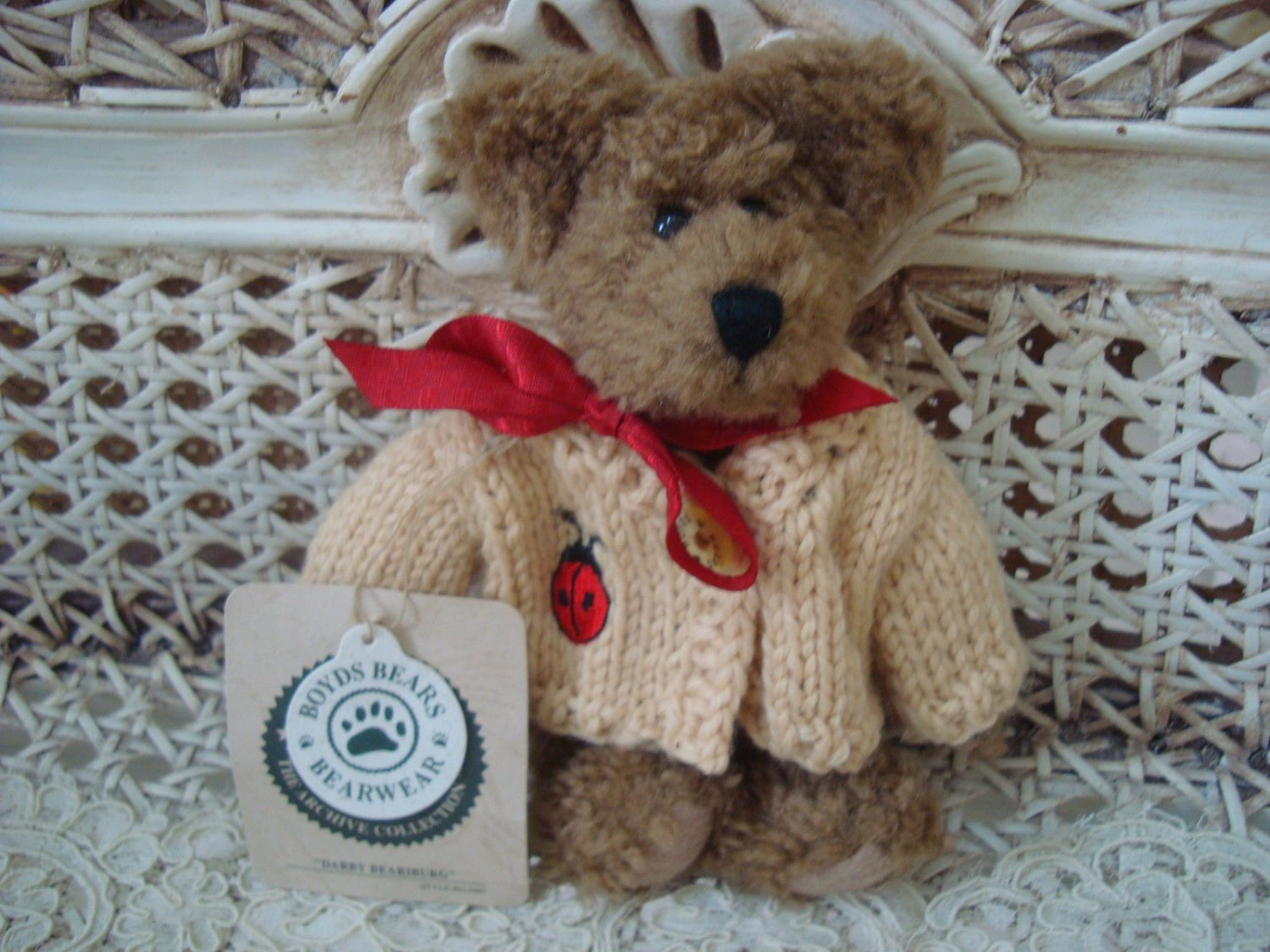 "BOYDS DARBY BEARIBURG 6"" RETIRED BEAR WITH LADYBUG SWEATER **NEW STORE STOCK***"