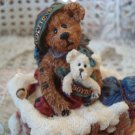 BOYDS 1999 BELIEVE CHRISTMAS MUSICAL BEARSTONE **NEW IN BOX*