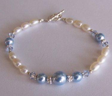 Dainty Pearls Bracelet handmade beaded bracelet by Sapphire Rain Designs