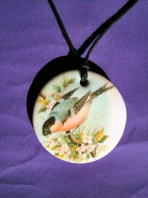 Bird pendant 001