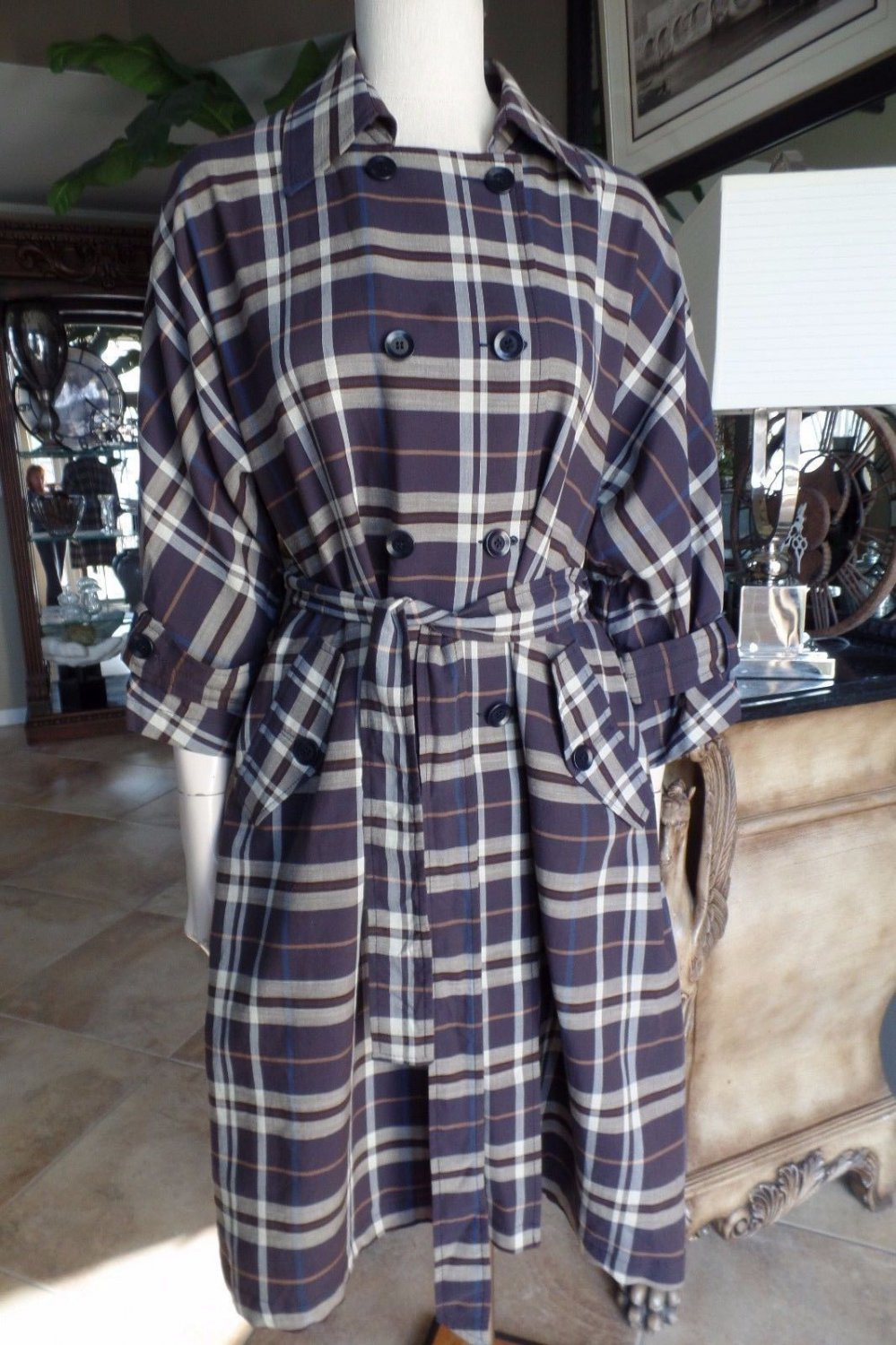 BCBG MAX AZRIA Plum Plaid Trench Slight Dolmen Sleeve Jacket M Double Breasted