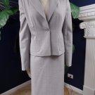TAHARI Gray Plaid Blazer And Pencil Skirt Suit 8/4